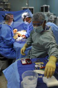 risarcimento perforazione intestino
